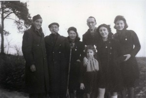 Jeanette and Roger Voinot (2nd and 3rd from left), Rachel Kokotek (2nd from right), photo taken in Avrolle in January 1944 © Yad Vashem